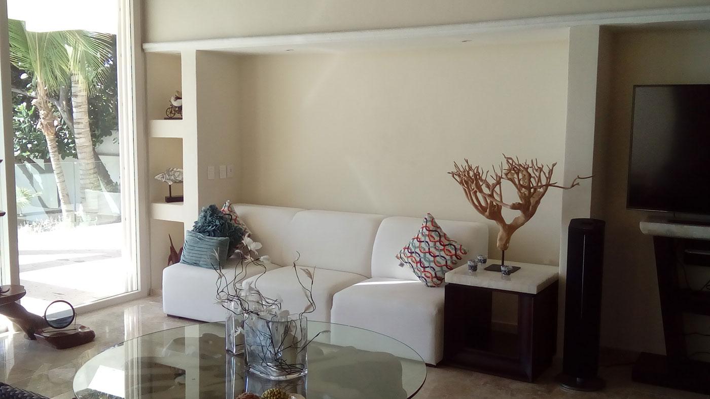 Proyectos SPAD Constructora, Punta Burro, Sala y patio, Diseño de Interiores, Arquitectura, Puerto Vallarta, Jalisco, México