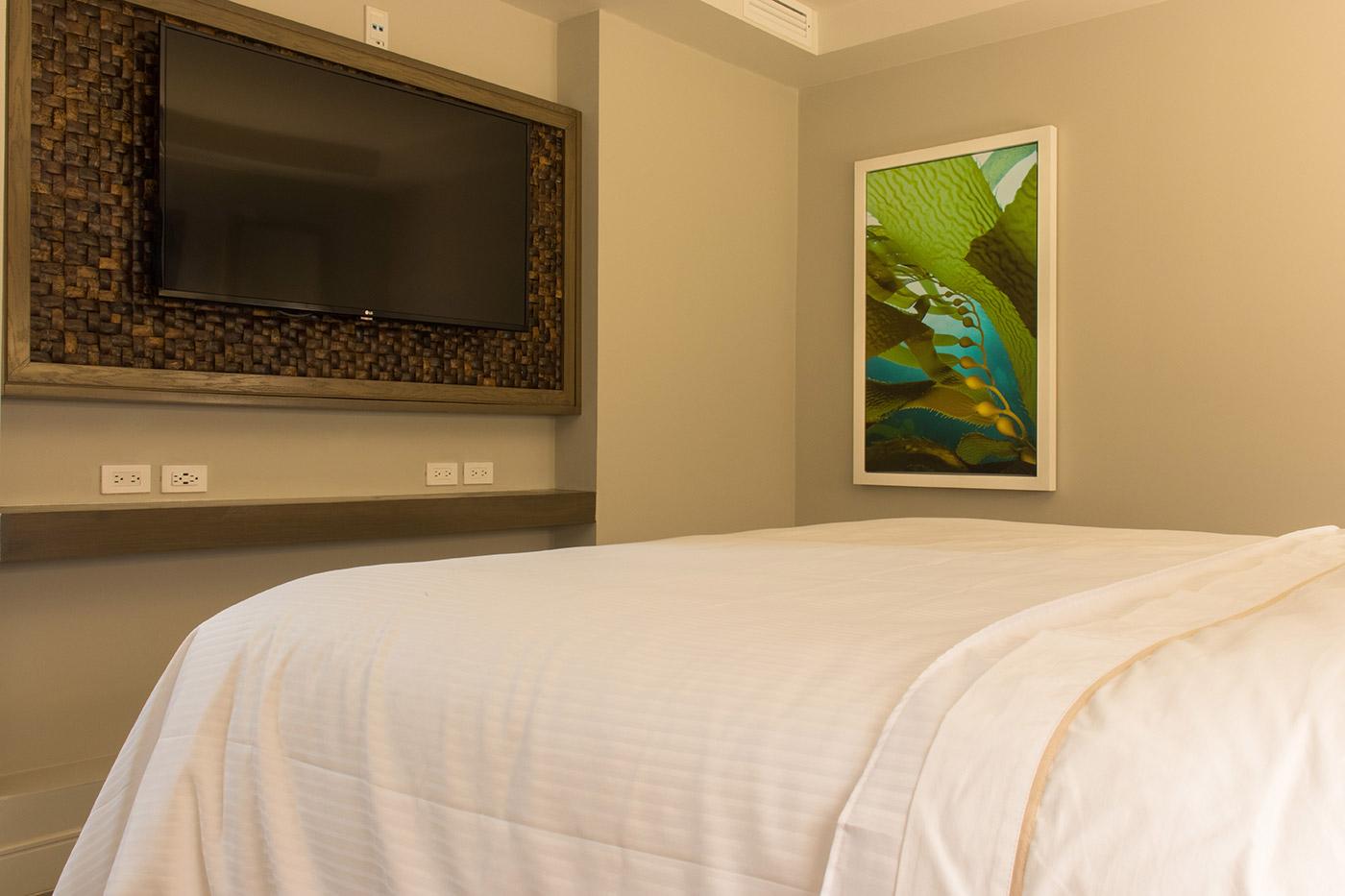 Proyectos SPAD Constructora, Remodelación de habitaciones Westin, Cobertor de cama decoración, Diseño de Interiores, Arquitectura, Puerto Vallarta, Jalisco, México