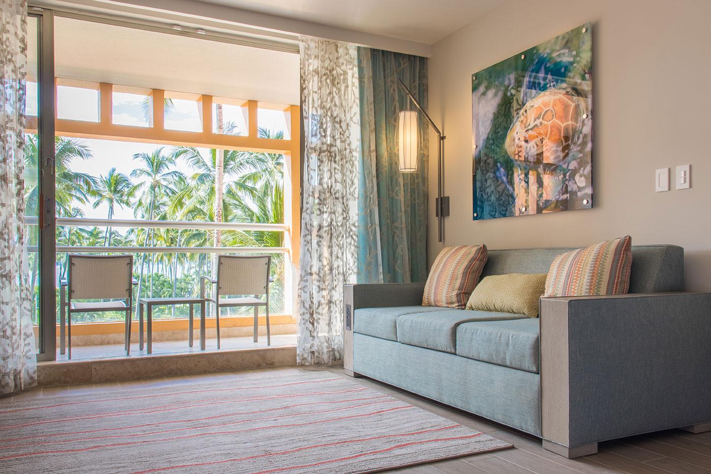 Proyectos SPAD Constructora, Remodelación de habitaciones Westin, Sillon y terraza decoración, Diseño de Interiores, Arquitectura, Puerto Vallarta, Jalisco, México